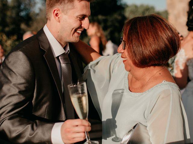 La boda de Toni y Lisseth en El Pont De Vilumara I Rocafort, Barcelona 53