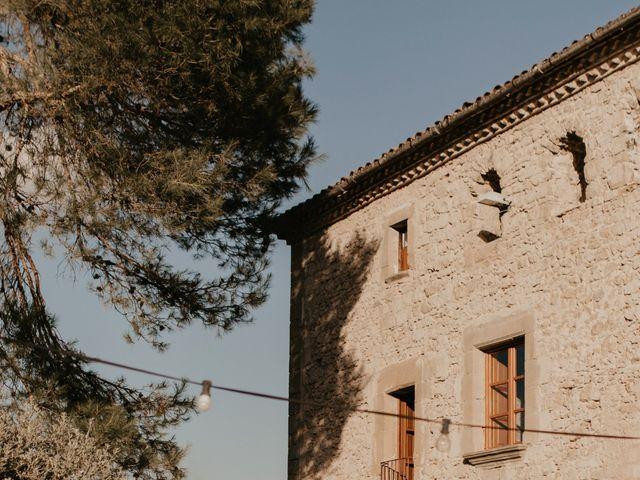 La boda de Toni y Lisseth en El Pont De Vilumara I Rocafort, Barcelona 54