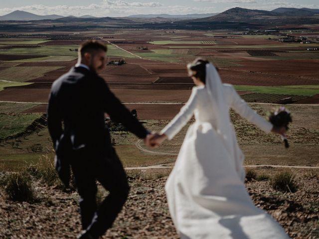 La boda de Cristian y Fatima en Consuegra, Toledo 18