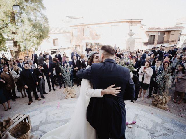 La boda de Cristian y Fatima en Consuegra, Toledo 20