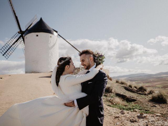 La boda de Cristian y Fatima en Consuegra, Toledo 24