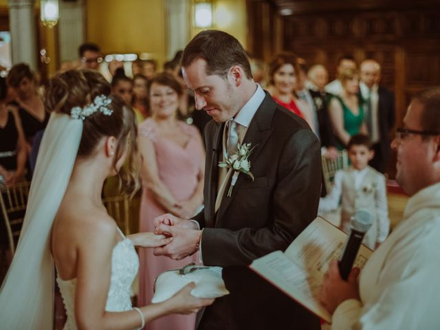 La boda de Juan y Cristina en Argentona, Barcelona 34
