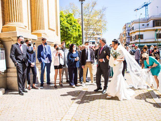 La boda de Claudio y Laura en Sevilla, Sevilla 4