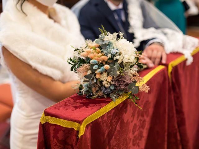 La boda de Claudio y Laura en Sevilla, Sevilla 30