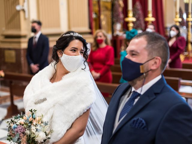 La boda de Claudio y Laura en Sevilla, Sevilla 32
