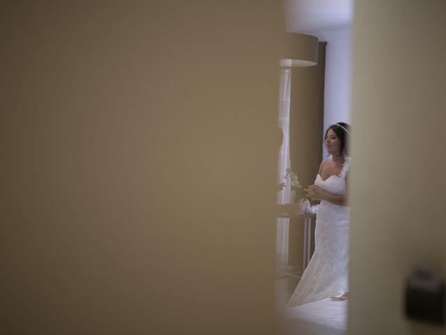 La boda de Javier y Davinia en Retamar, Almería 36