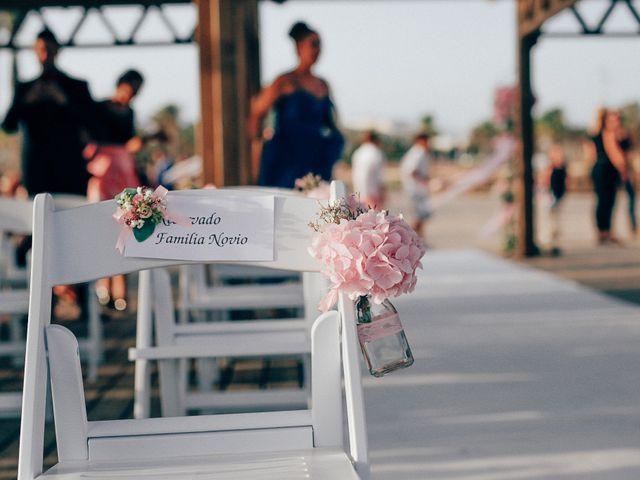 La boda de Javier y Davinia en Retamar, Almería 56