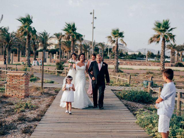 La boda de Javier y Davinia en Retamar, Almería 61