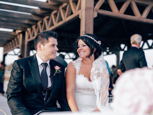 La boda de Javier y Davinia en Retamar, Almería 67