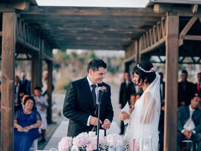 La boda de Javier y Davinia en Retamar, Almería 83