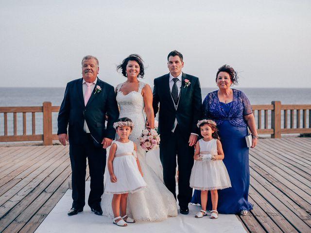 La boda de Javier y Davinia en Retamar, Almería 90