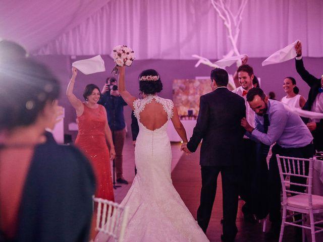 La boda de Javier y Davinia en Retamar, Almería 106