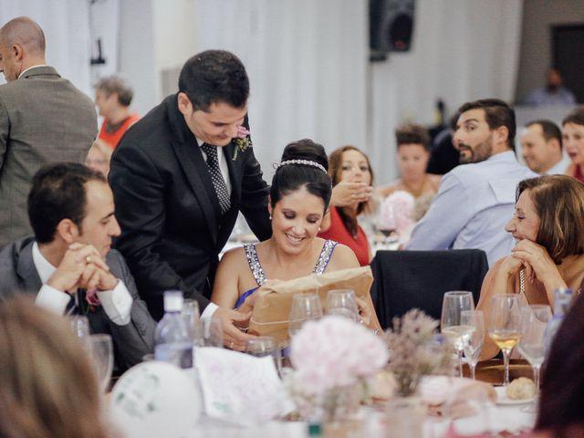 La boda de Javier y Davinia en Retamar, Almería 110