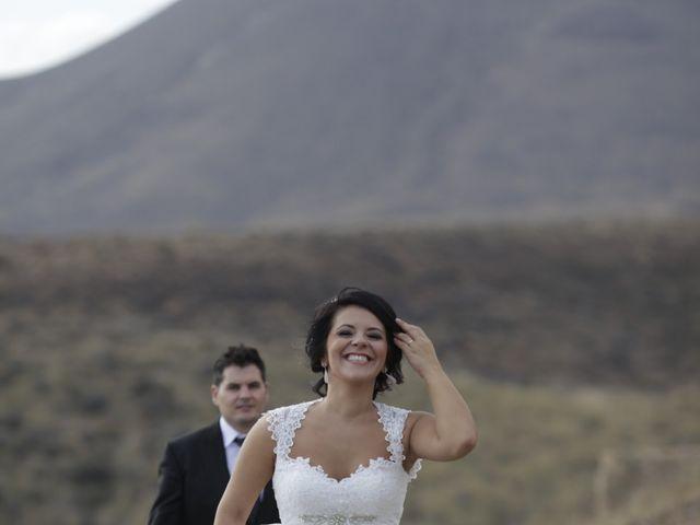 La boda de Javier y Davinia en Retamar, Almería 142
