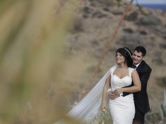 La boda de Javier y Davinia en Retamar, Almería 145