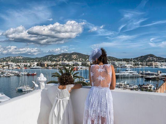 La boda de Diego y Adriana en Eivissa, Islas Baleares 18