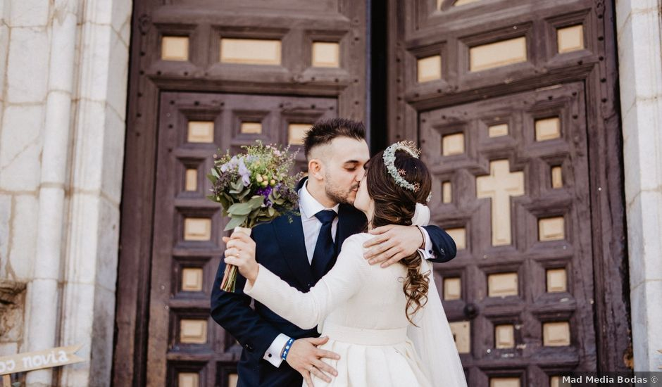 La boda de Cristian y Fatima en Consuegra, Toledo