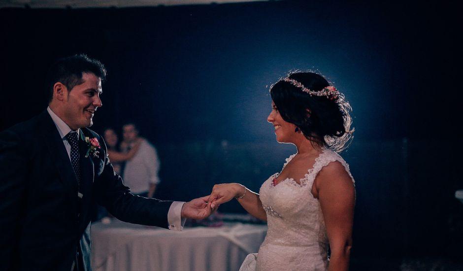 La boda de Javier y Davinia en Retamar, Almería