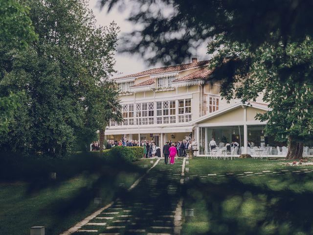 La boda de Julio y Raquel en Villasevil, Cantabria 18
