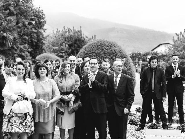 La boda de Julio y Raquel en Villasevil, Cantabria 25