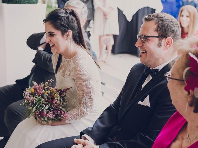 La boda de Julio y Raquel en Villasevil, Cantabria 39