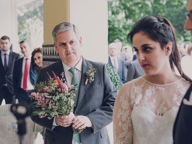 La boda de Julio y Raquel en Villasevil, Cantabria 40
