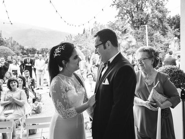 La boda de Julio y Raquel en Villasevil, Cantabria 43