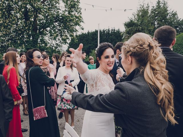 La boda de Julio y Raquel en Villasevil, Cantabria 48