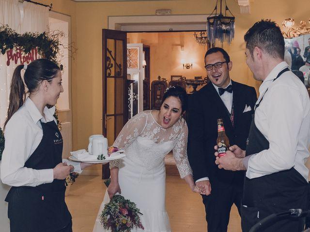 La boda de Julio y Raquel en Villasevil, Cantabria 77