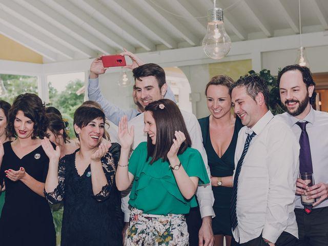 La boda de Julio y Raquel en Villasevil, Cantabria 96