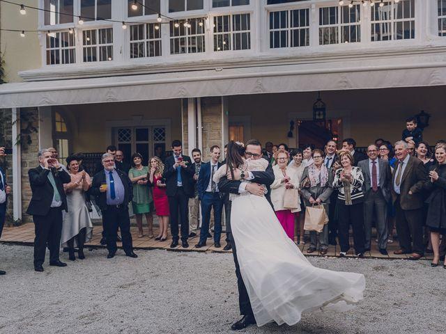La boda de Julio y Raquel en Villasevil, Cantabria 121