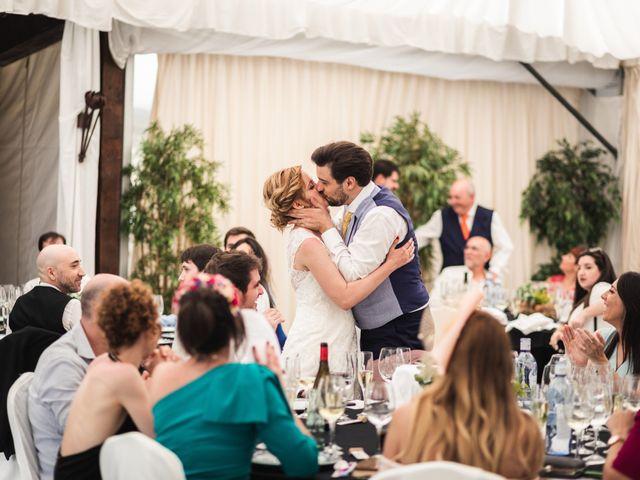 La boda de Iñigo y Isabel en Laguardia, Álava 44