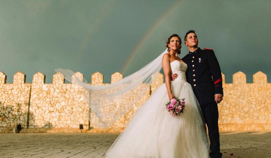 La boda de Pedro  y Azahara  en Minglanilla, Cuenca