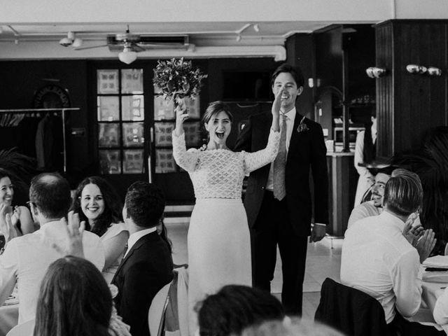 La boda de Conrad y Eva en Donostia-San Sebastián, Guipúzcoa 38