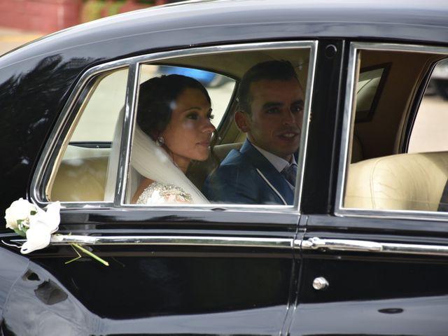 La boda de José María  y Carmen en Sevilla, Sevilla 4