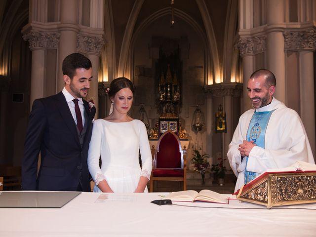 La boda de Pedro y Bascues en Madrid, Madrid 34
