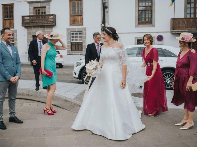 La boda de Pedro y Idoia en Arucas, Las Palmas 33