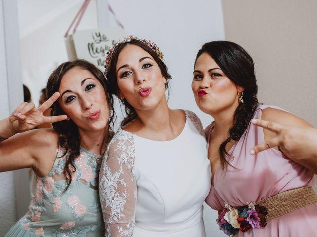 La boda de Santi y Sheila en Aielo De Malferit, Valencia 18