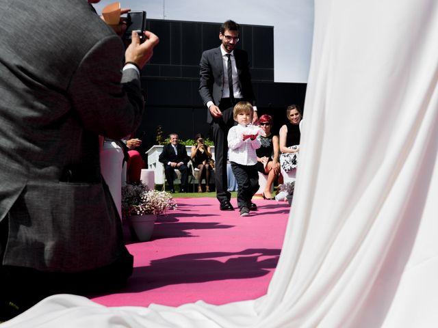 La boda de Victor y Lorena en Zaragoza, Zaragoza 22