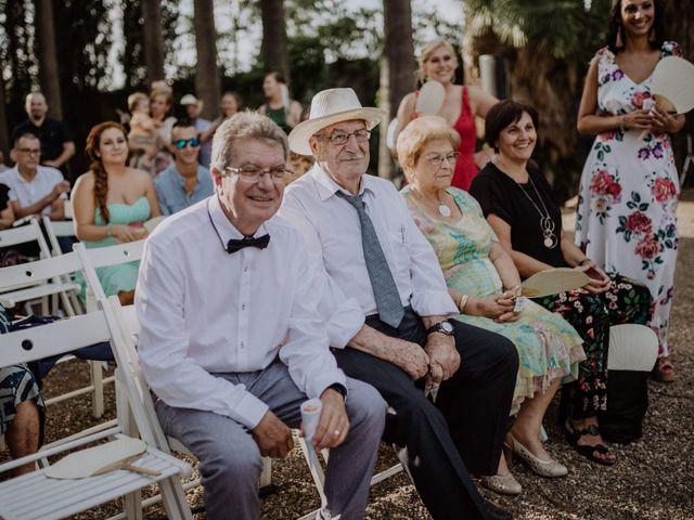 La boda de Miguel y Lorena en Cambrils, Tarragona 104