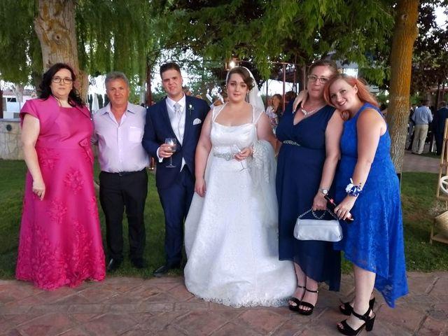 La boda de Sergio y Raquel en Huelma, Jaén 1