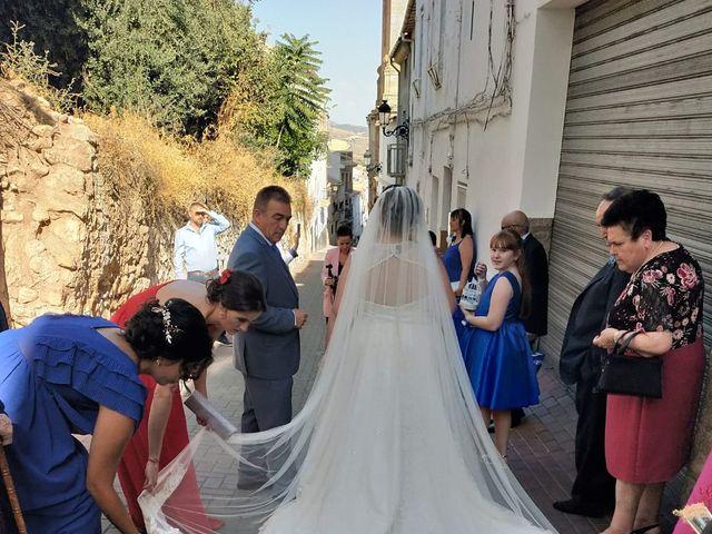 La boda de Sergio y Raquel en Huelma, Jaén 4