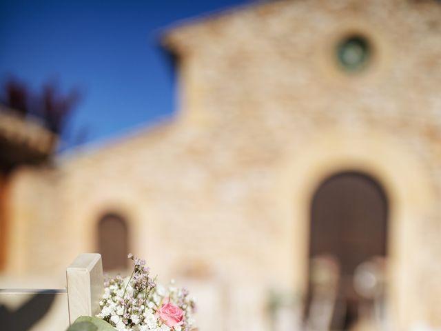La boda de Edu y Raquel en La Riera De Gaia, Tarragona 5
