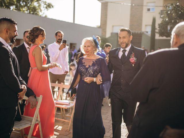 La boda de Edu y Raquel en La Riera De Gaia, Tarragona 12