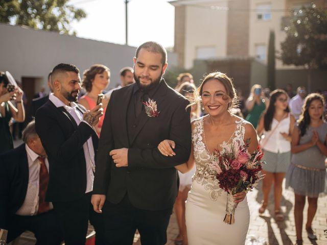 La boda de Edu y Raquel en La Riera De Gaia, Tarragona 13