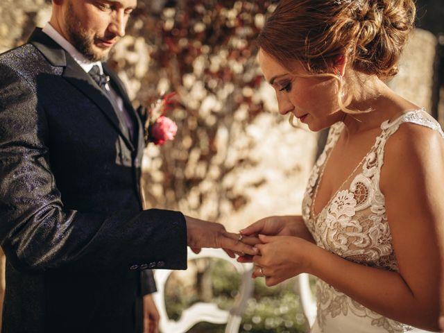 La boda de Edu y Raquel en La Riera De Gaia, Tarragona 16