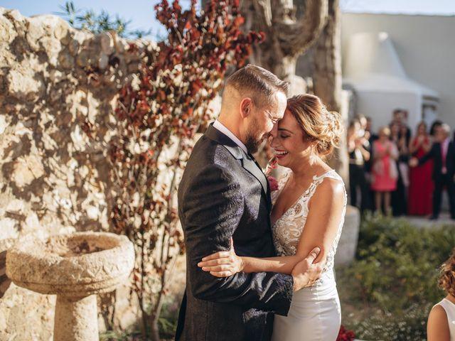 La boda de Edu y Raquel en La Riera De Gaia, Tarragona 19