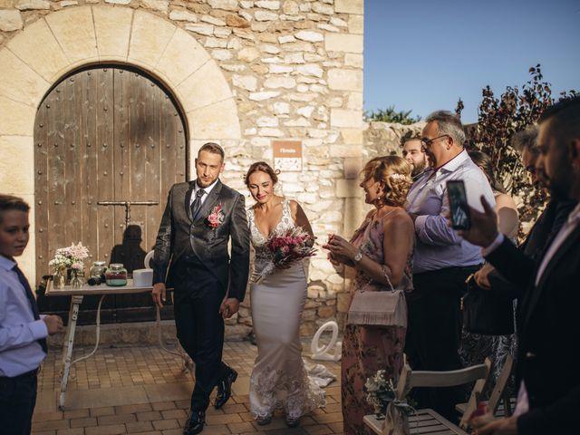 La boda de Edu y Raquel en La Riera De Gaia, Tarragona 20