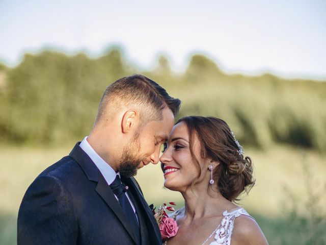 La boda de Edu y Raquel en La Riera De Gaia, Tarragona 1