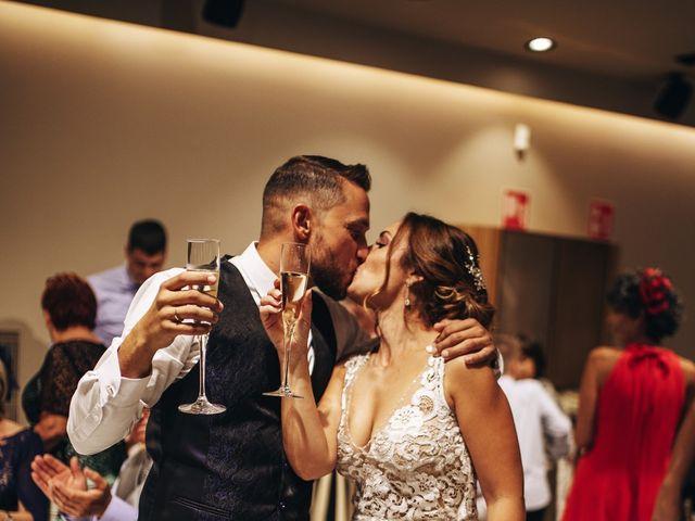 La boda de Edu y Raquel en La Riera De Gaia, Tarragona 36
